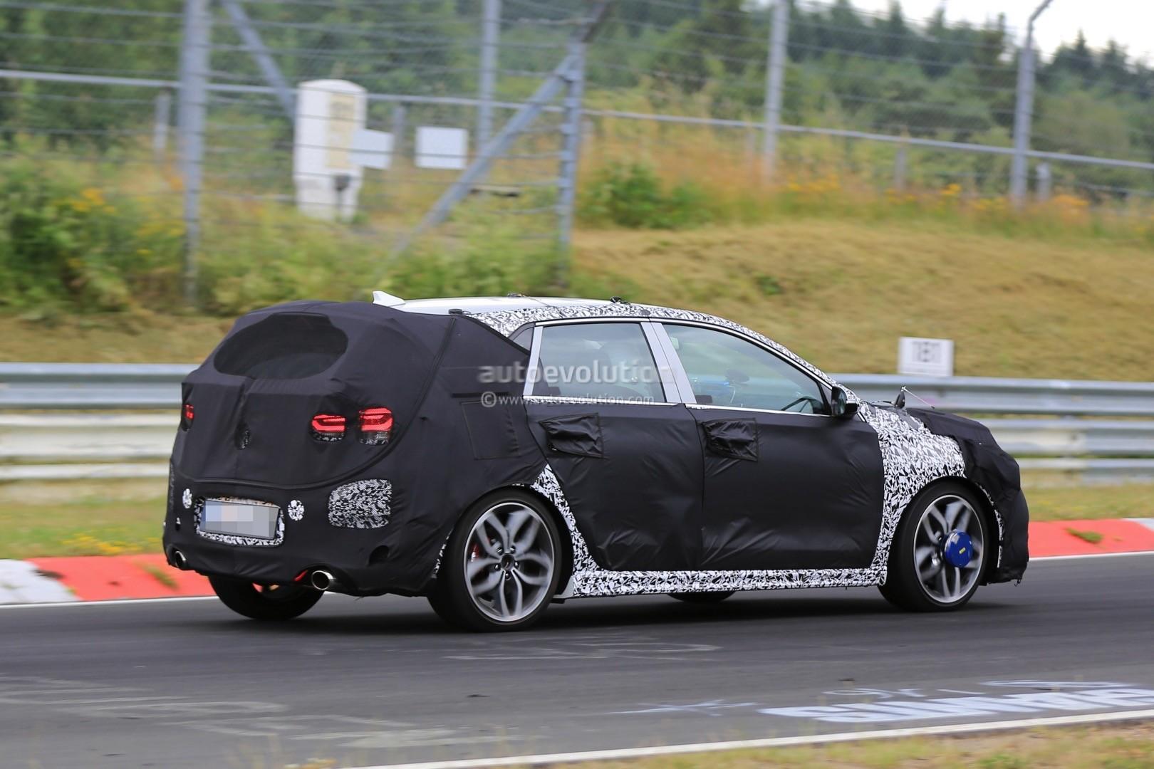 2017 hyundai i30 n spied on the nurburgring sounds nasty autoevolution. Black Bedroom Furniture Sets. Home Design Ideas