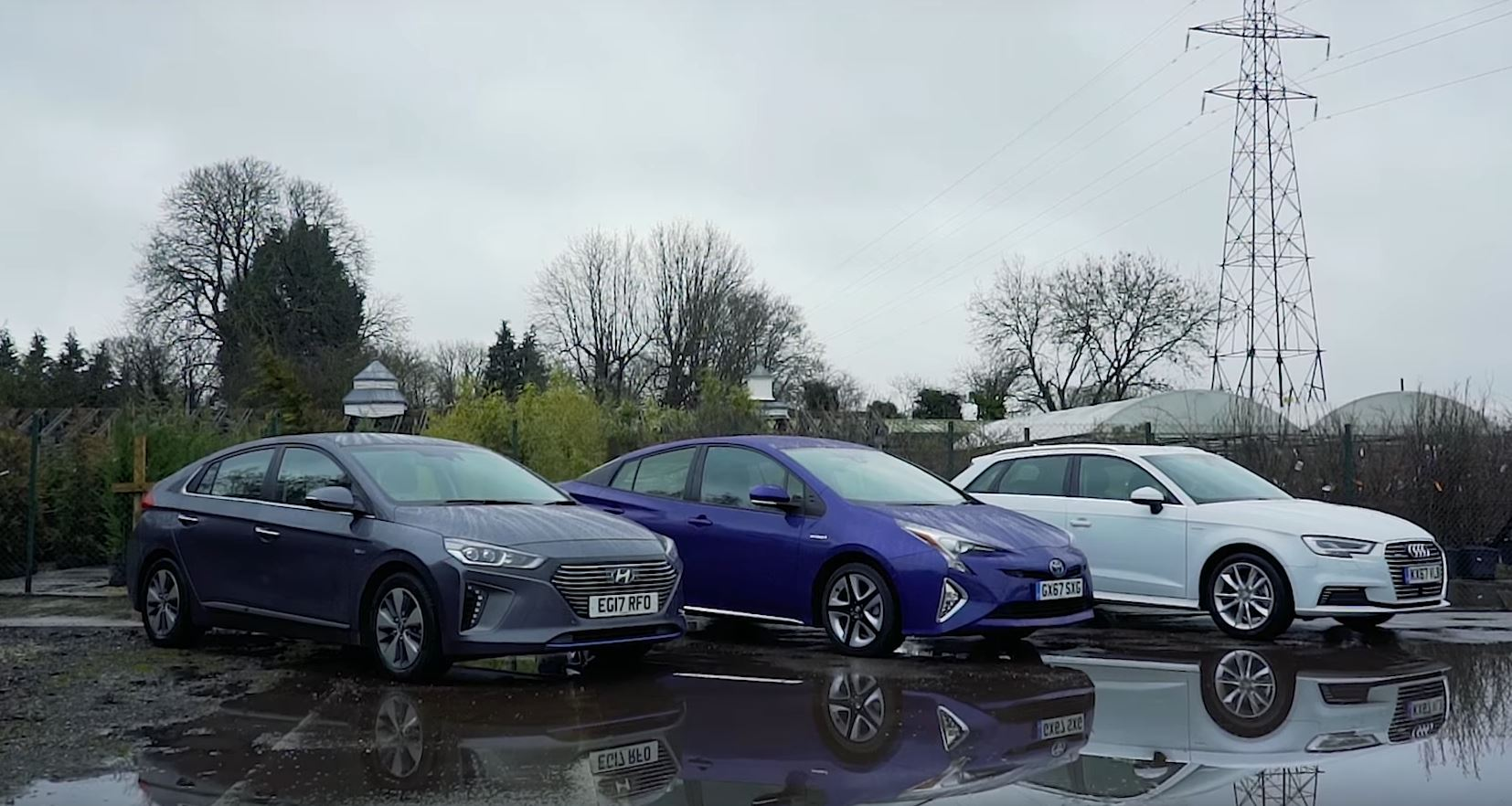 Hyundai Ioniq Toyota Prius And Audi A3 E Tron Reviewed From A Woman S Perspective