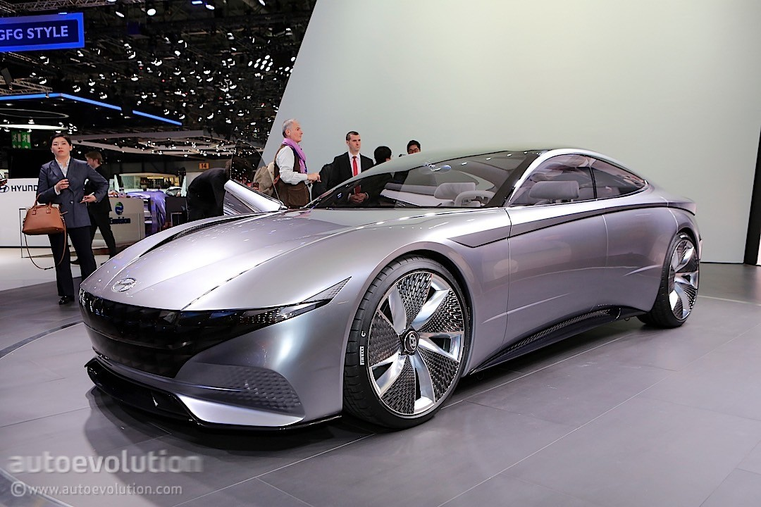 hyundai le fil rouge concept is the most un-hyundai-like thing in geneva