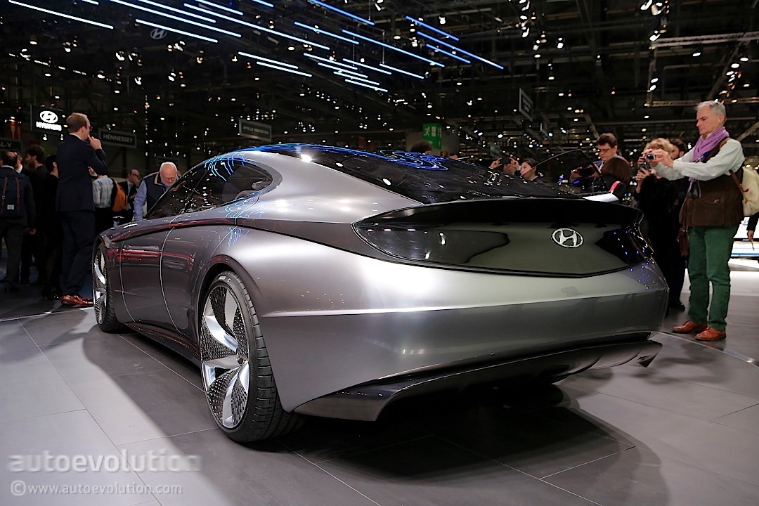 Four Door Sports Cars >> Hyundai Le Fil Rouge Concept Is the Most Un-Hyundai-like Thing in Geneva - autoevolution