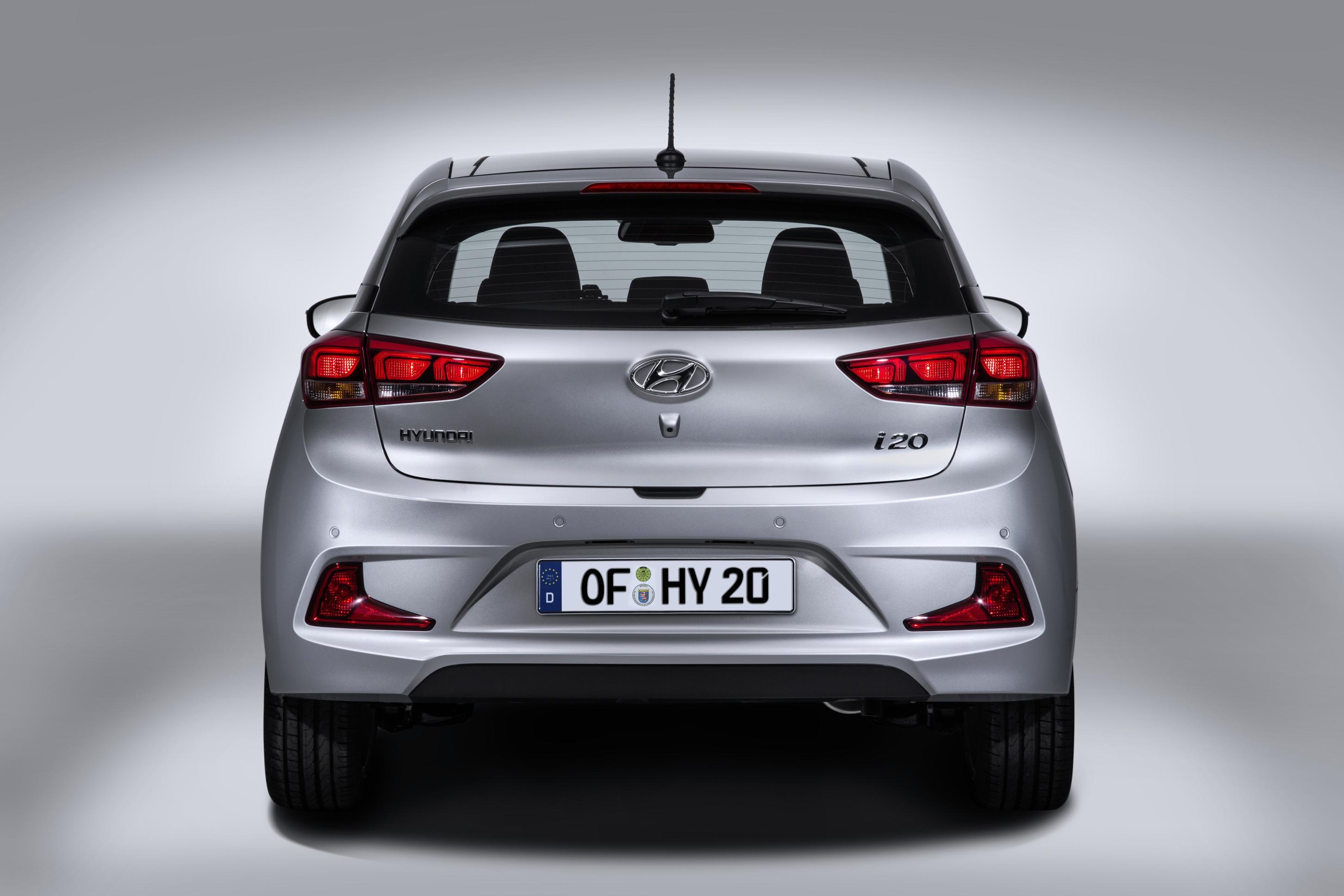 hyundai officially unveils i20 coupe with unique design autoevolution. Black Bedroom Furniture Sets. Home Design Ideas