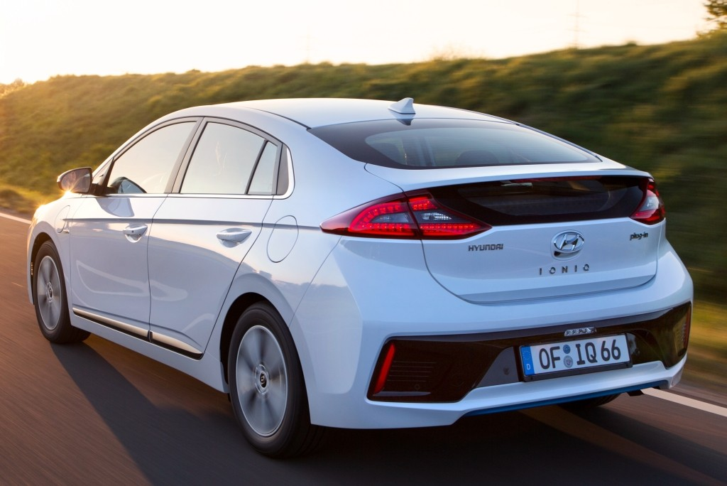 Hyundai Updates Ioniq Lineup For 2019 Model Year Autoevolution