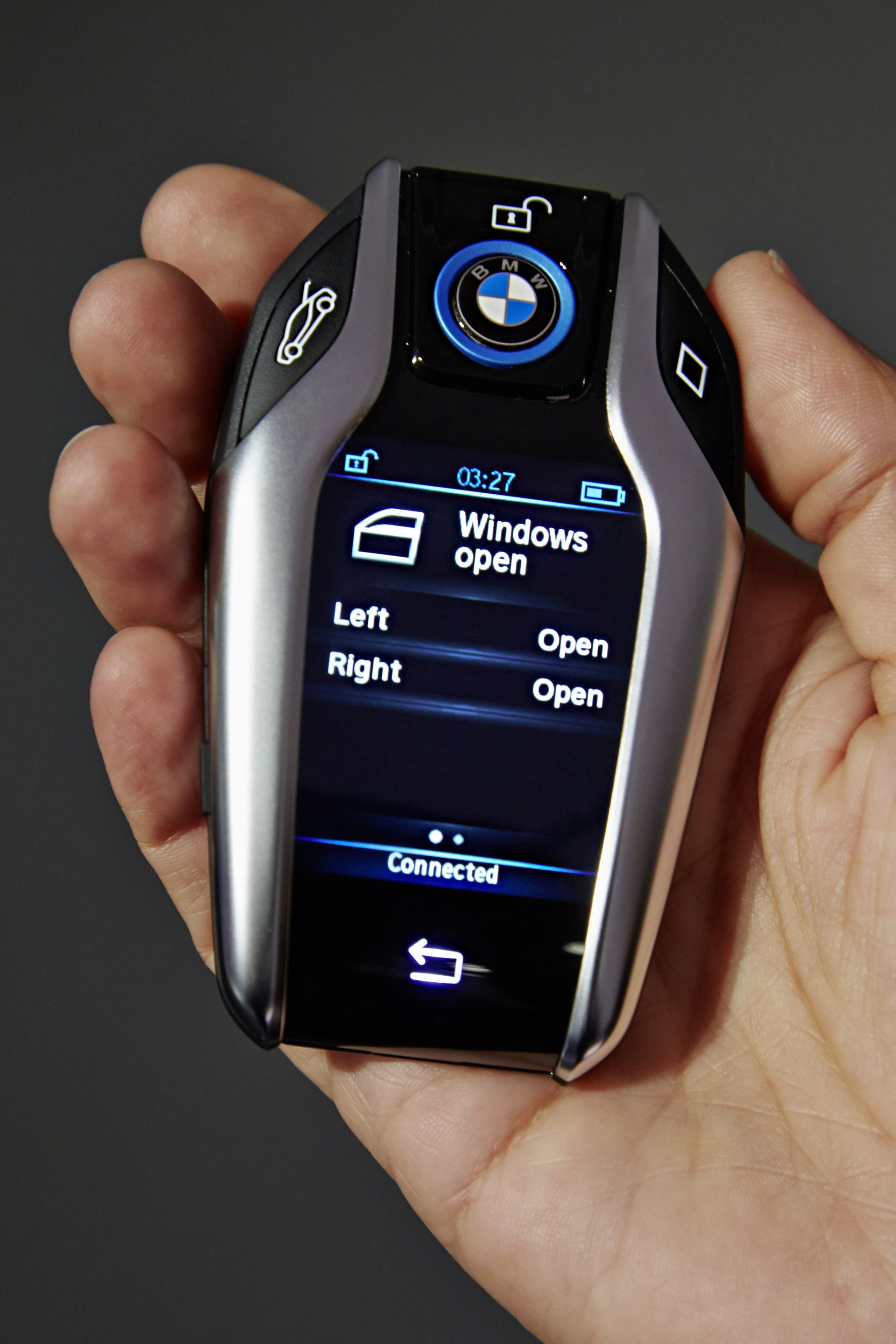 """i8 Key Fob with 2.2"""" Display Brought Out by BMW at 2015 ..."""