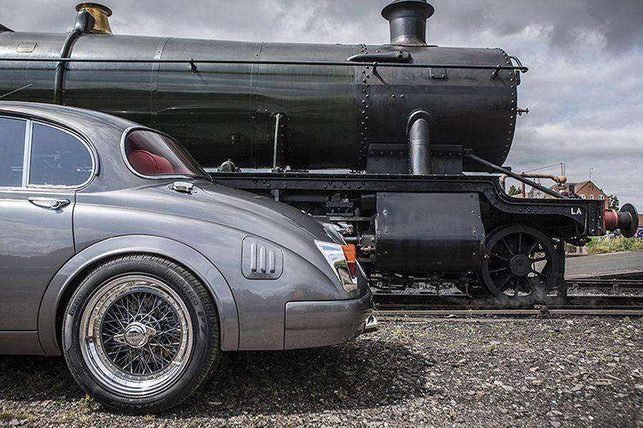 Ian Callum Creates One Off Modernized Jaguar Mk2 Autoevolution