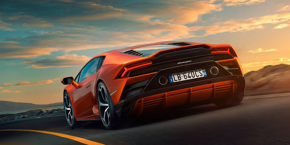 Immerse Yourself In Lamborghini World With The Huracan Evo