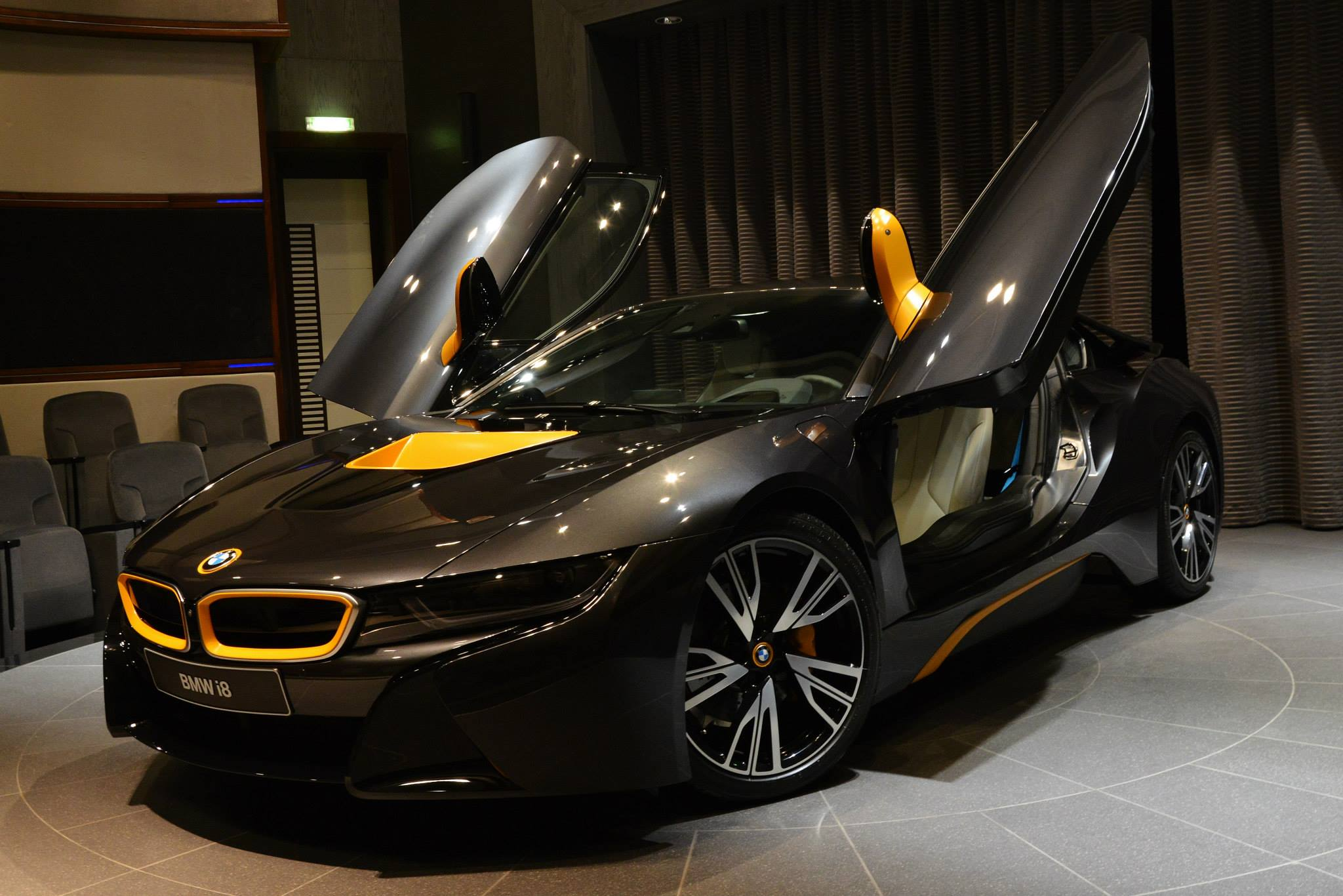 Individual Bmw I8 With Yellow Highlights Shows Up In Abu