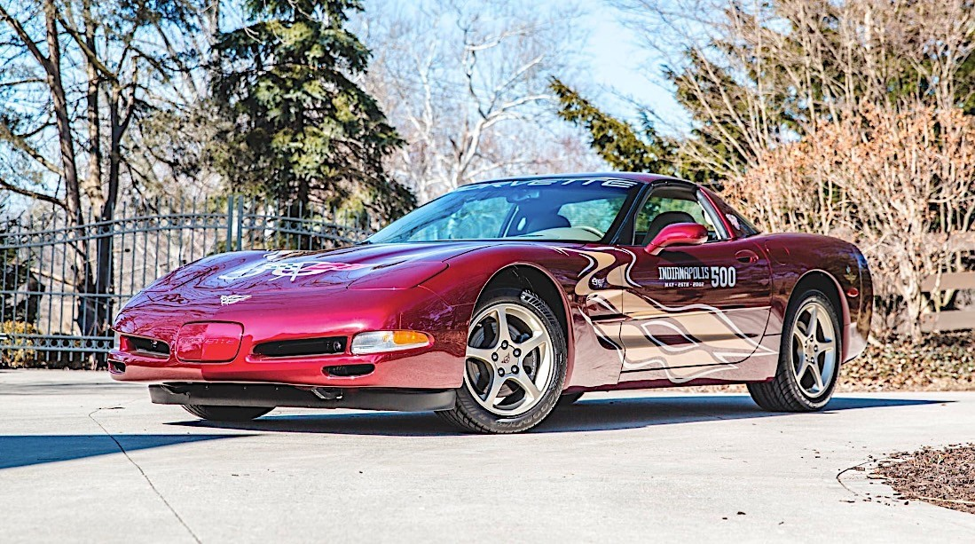 indy 500 corvette pace car collection looks for new owner at mecum auction autoevolution. Black Bedroom Furniture Sets. Home Design Ideas