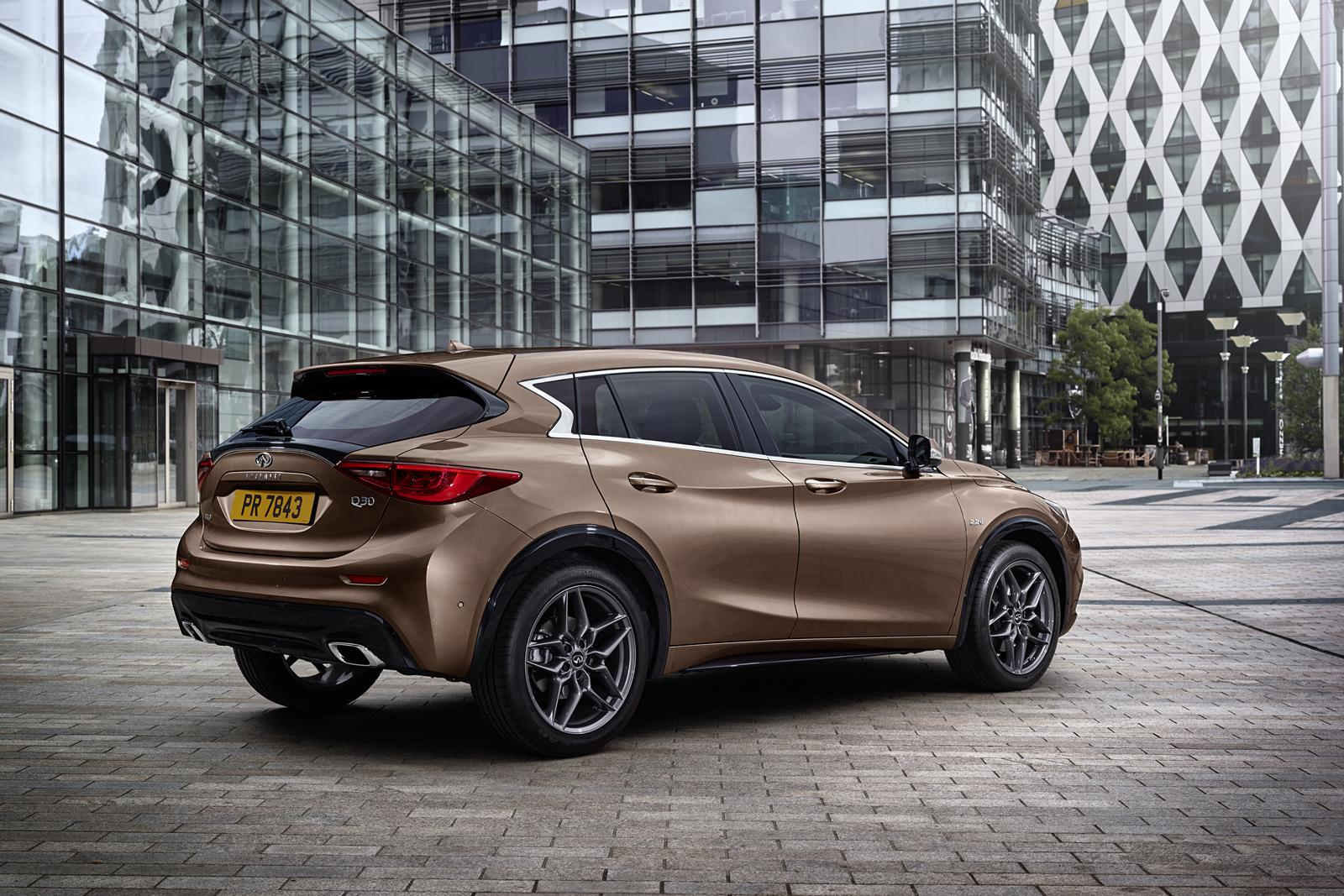 infiniti q30 premium hatchback specs revealed four turbo. Black Bedroom Furniture Sets. Home Design Ideas