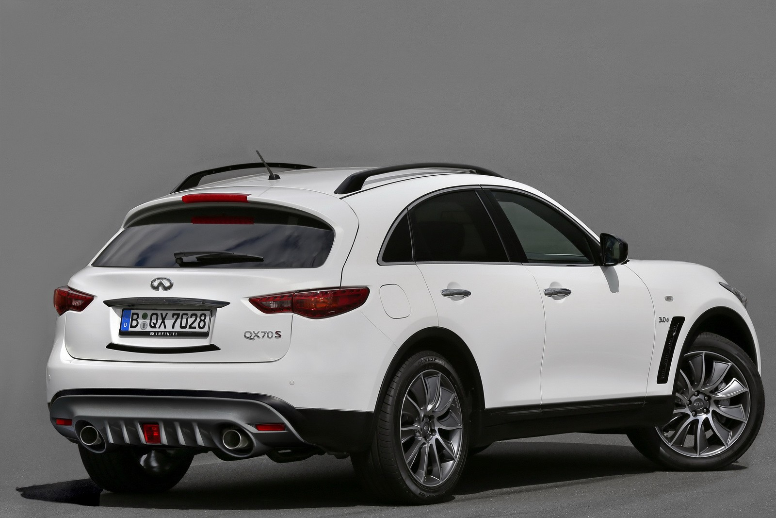 Infiniti Qx70 Ultimate Edition Revealed Ahead Of Frankfurt