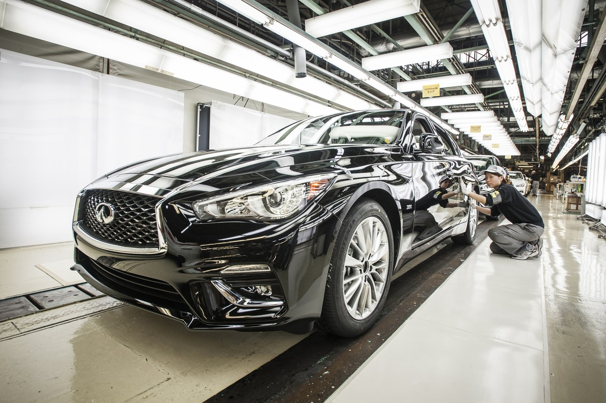 Infiniti Q60 Convertible to Enter Production in Early 2017 ...