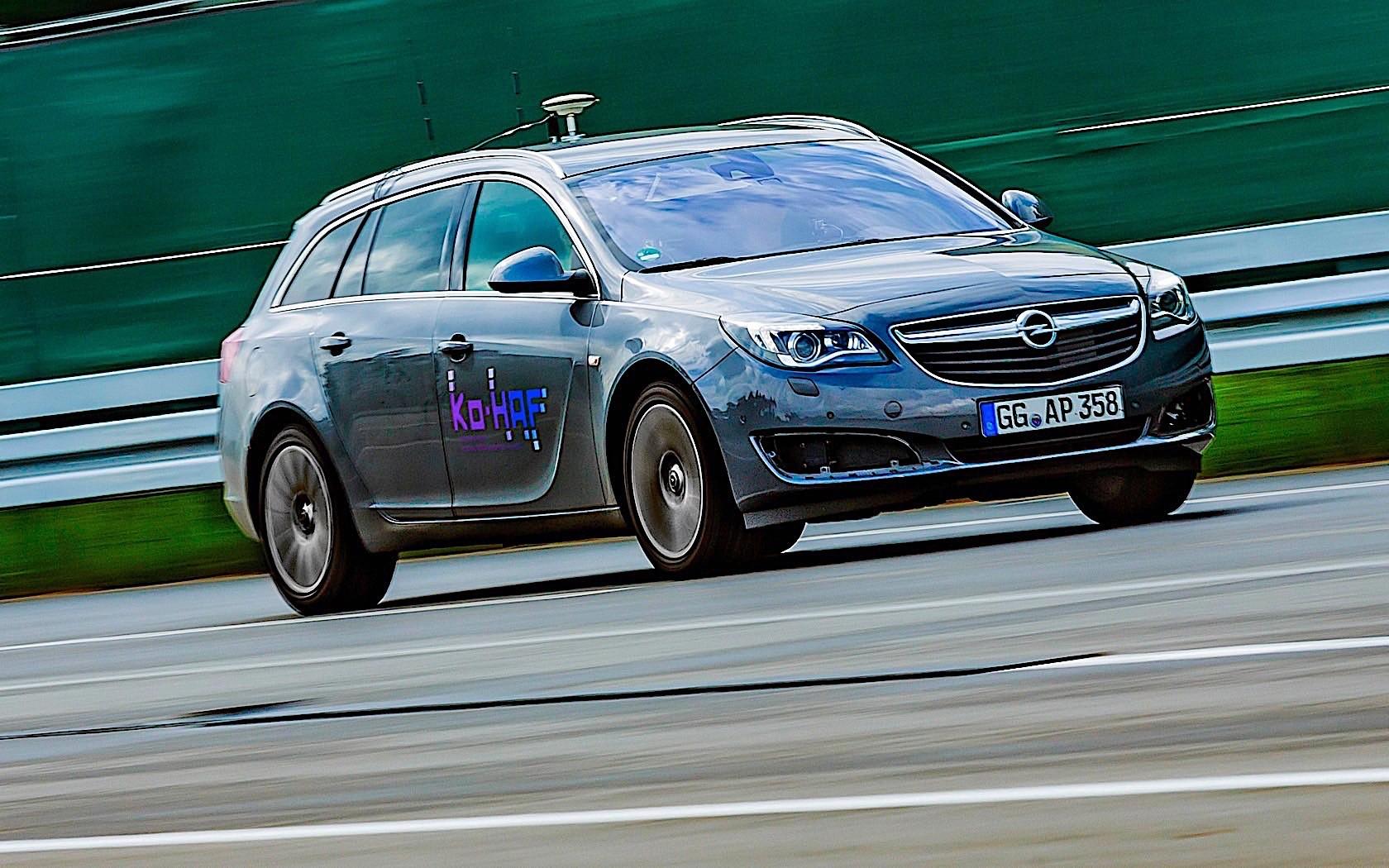 Opel Insignia autonomous prototype Opel Insignia autonomous prototype Opel Insignia autonomous prototype