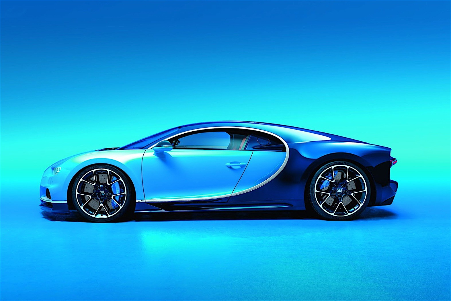 Is This Crashed Bugatti Chiron A Test Car Autoevolution
