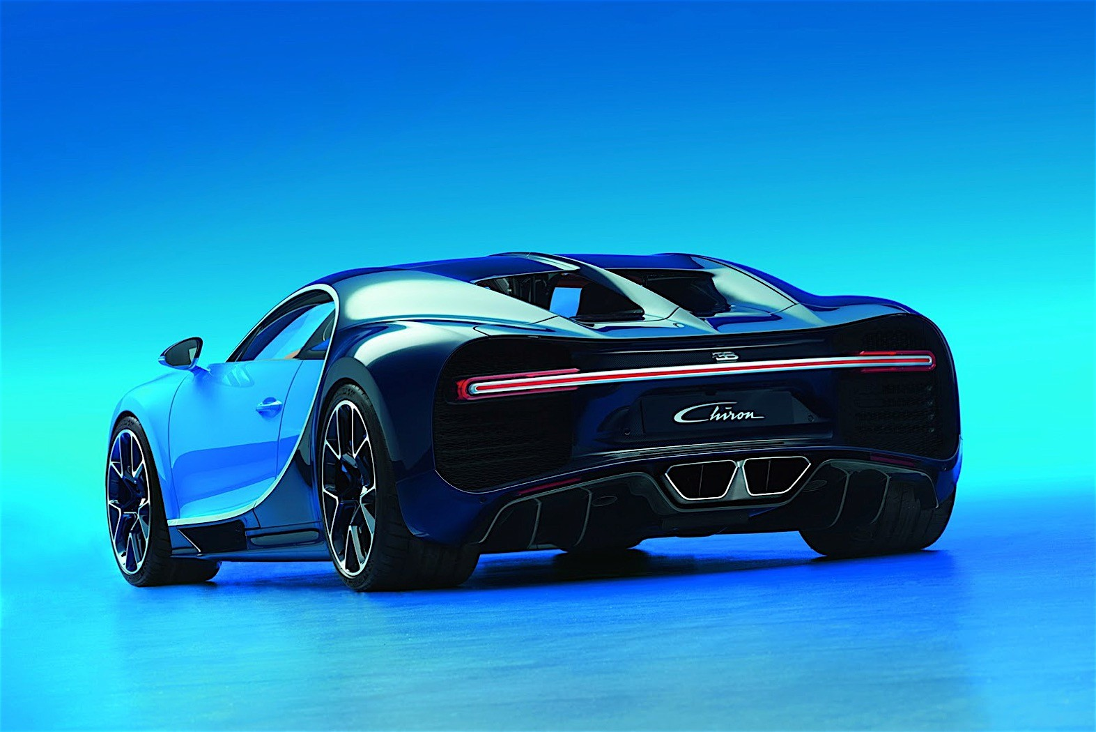 is this crashed bugatti chiron a test car autoevolution. Black Bedroom Furniture Sets. Home Design Ideas
