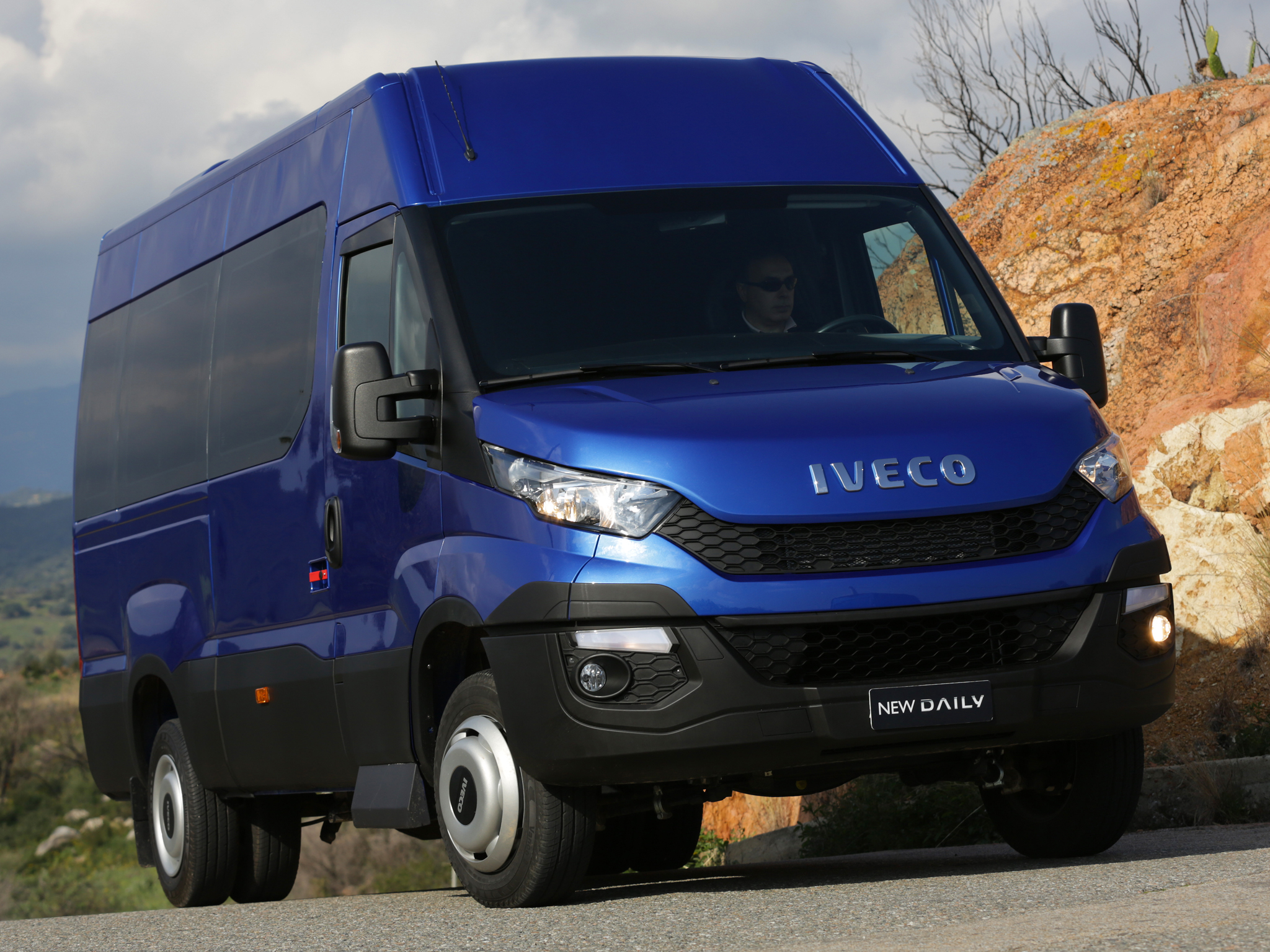 Iveco Reveals the New Daily for 2014. Say It's 80% ...