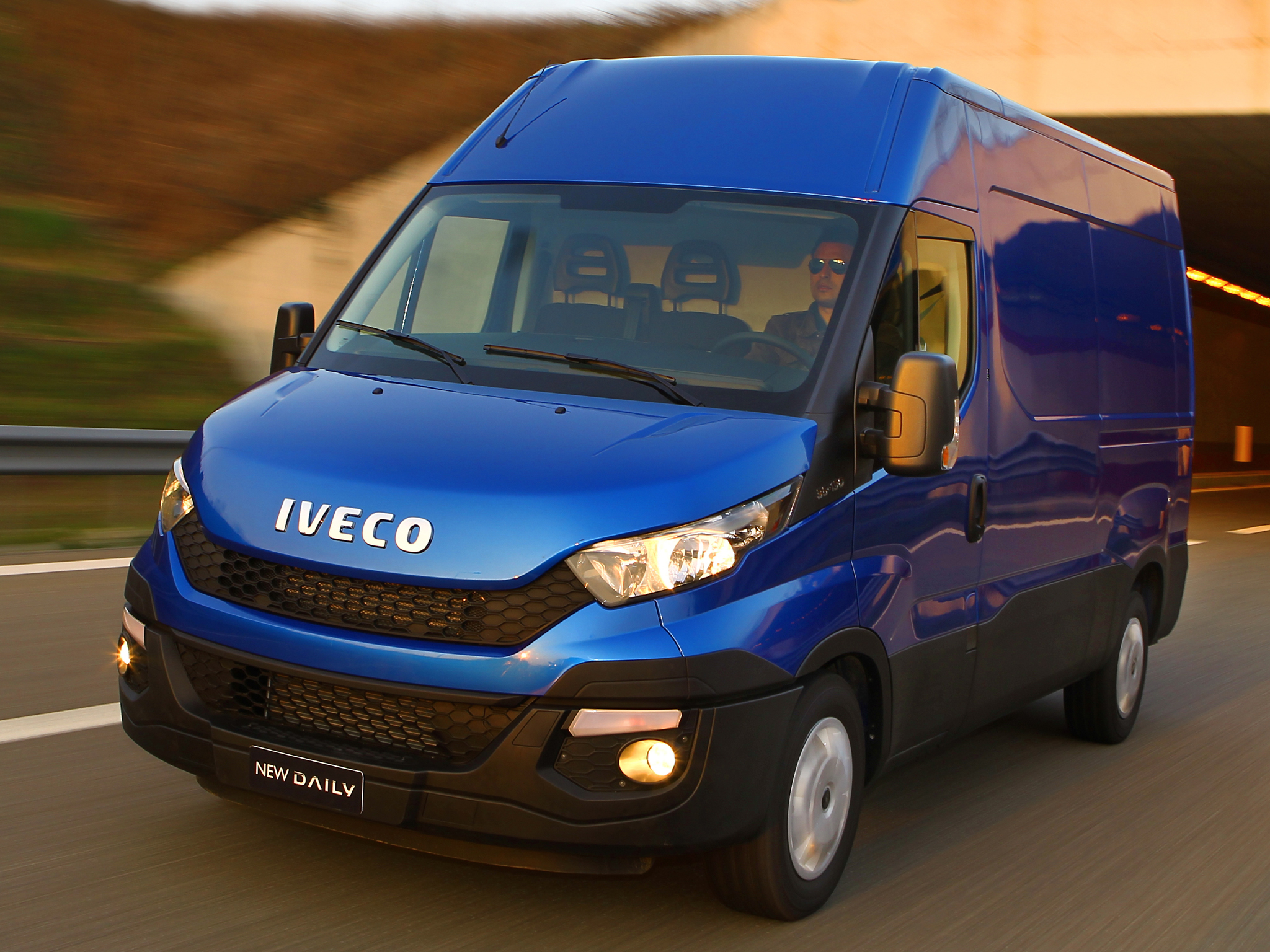 iveco reveals the new daily for 2014  say it u0026 39 s 80