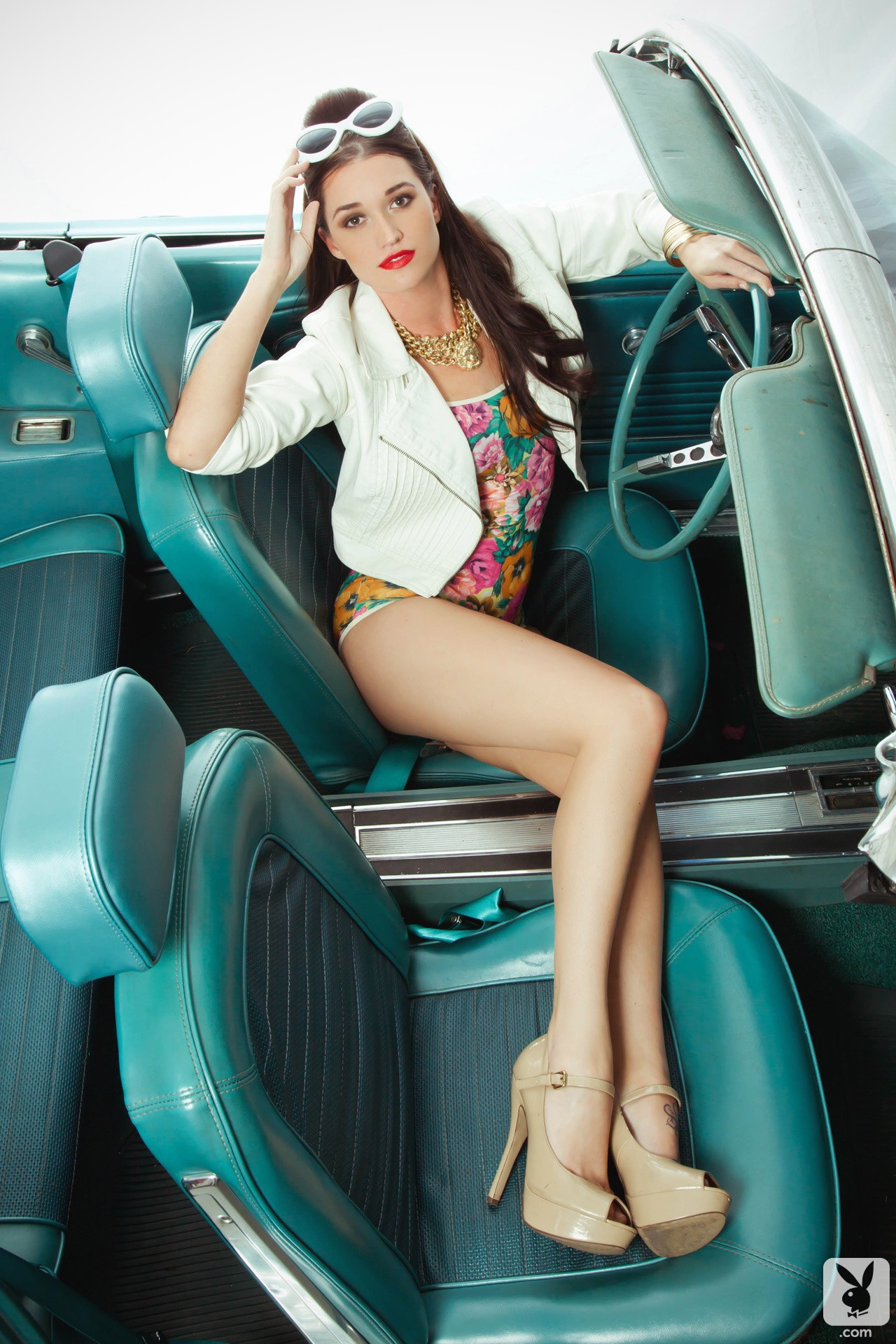 jade roper does retro playboy photo shoot in classic mustang convertible