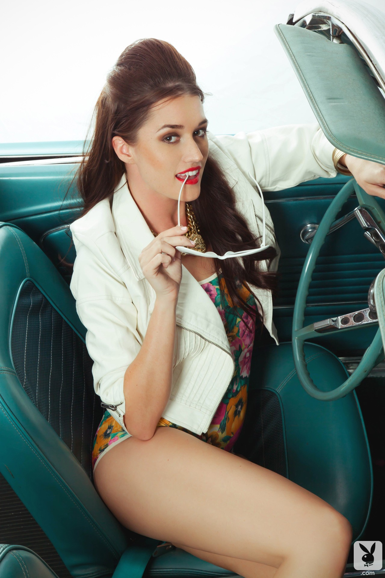 Jade Roper Does Retro Playboy Photo Shoot In Classic