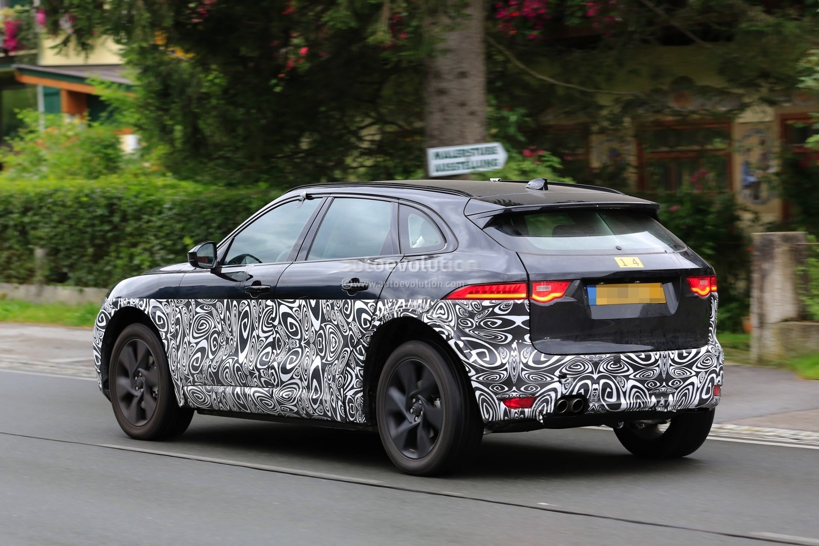 Jaguar F Type S >> Jaguar Electric SUV Spied, F-Pace Design Cues Galore - autoevolution