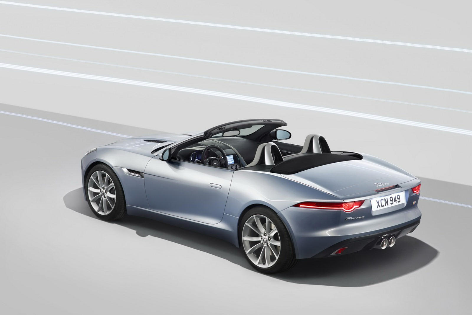 ... Jaguar F Type ...