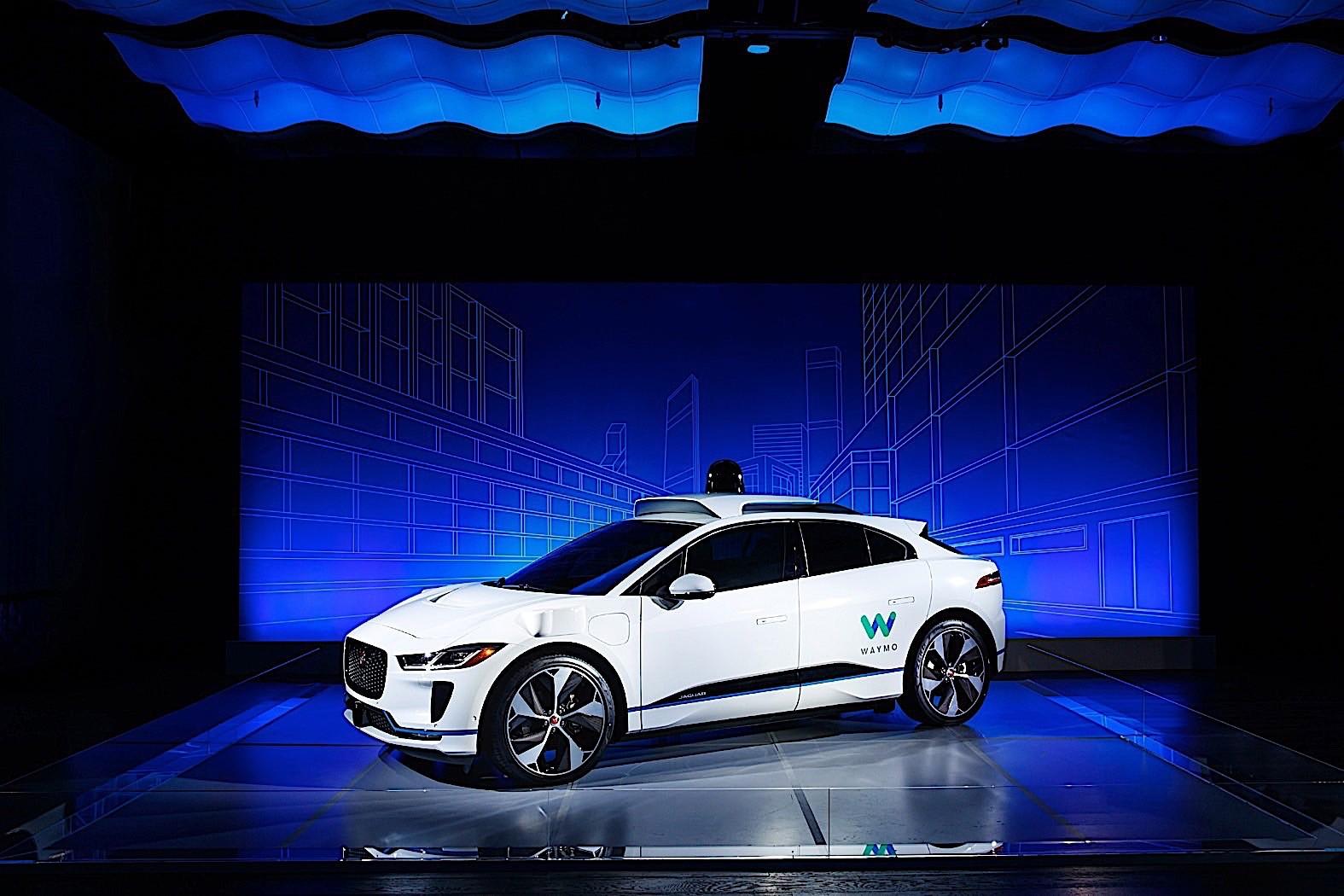 Jaguar I Pace Turns Waymo AC ...