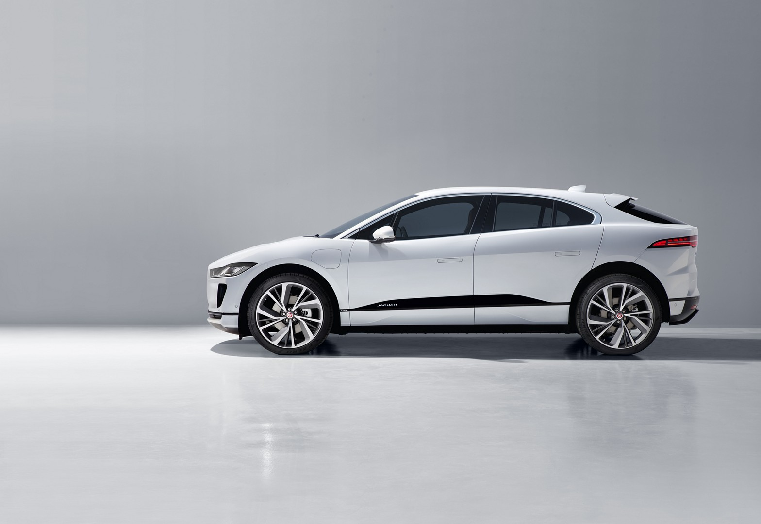 Jaguar Will Build High-Performance EVs, SVO I-PACE a Matter of Time ...