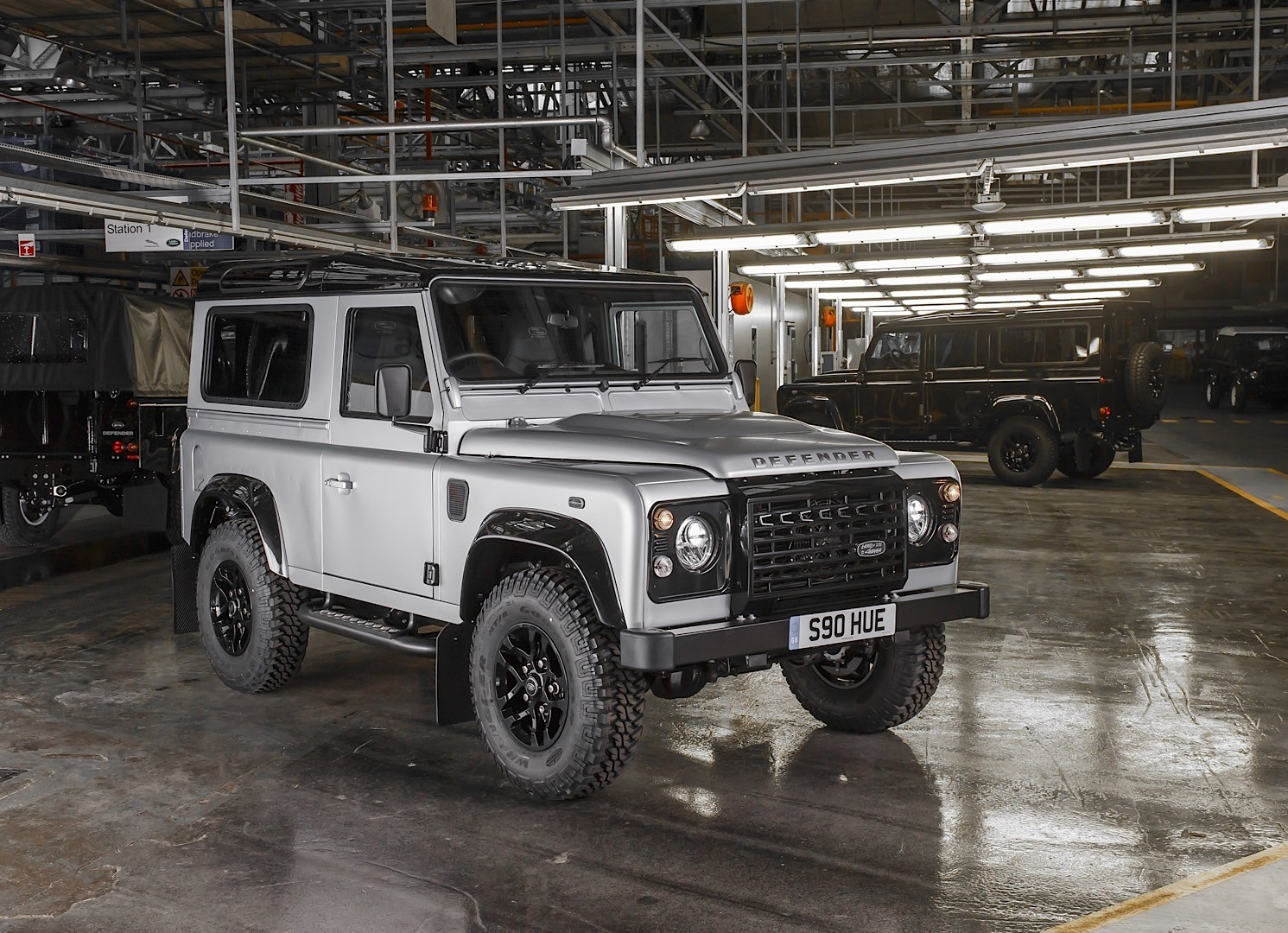 2019 Land Rover Defender Confirmed, Coming with Five Body ...