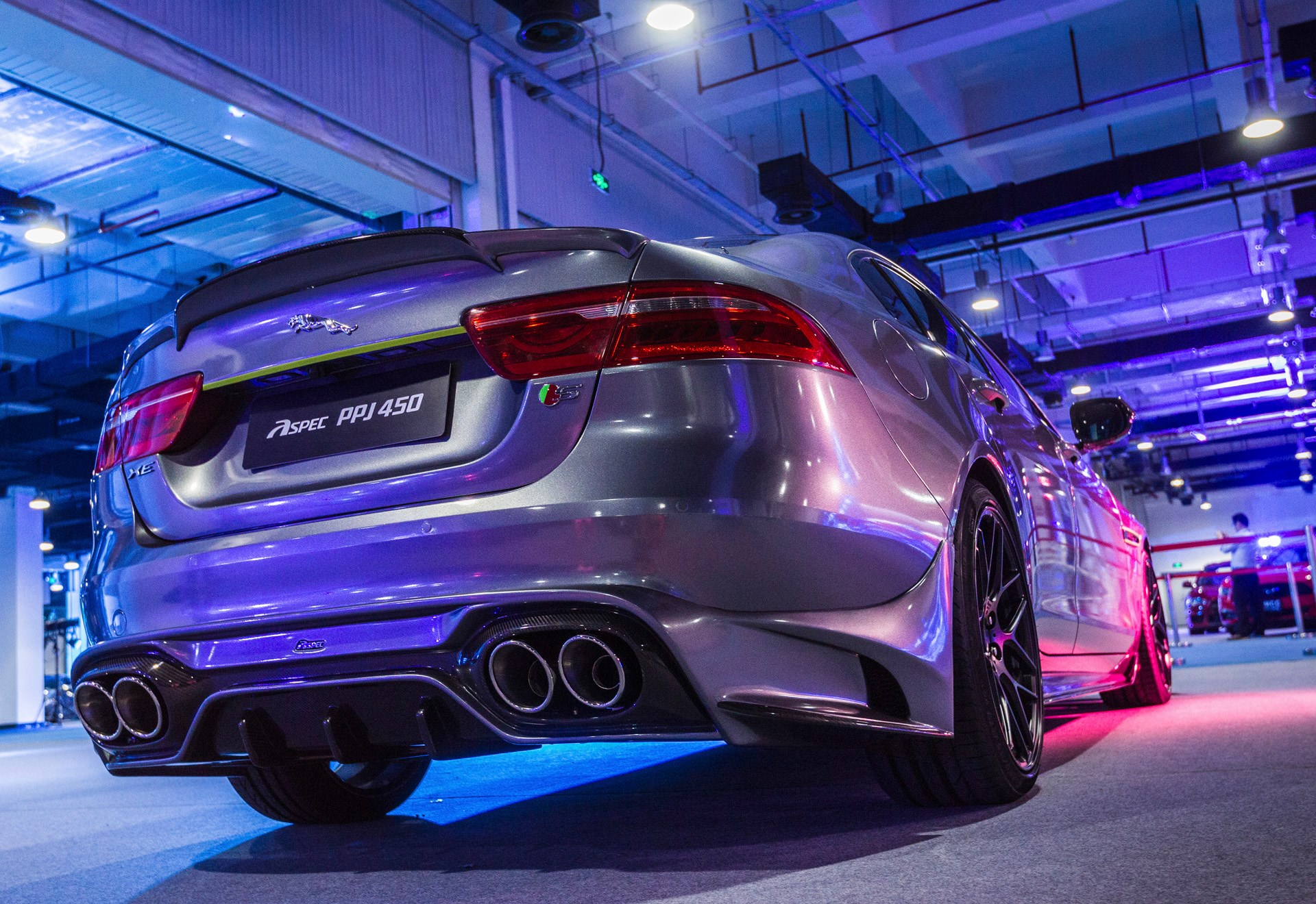 Jaguar XE Body Kit With Vented Hood Comes from China's Tuner