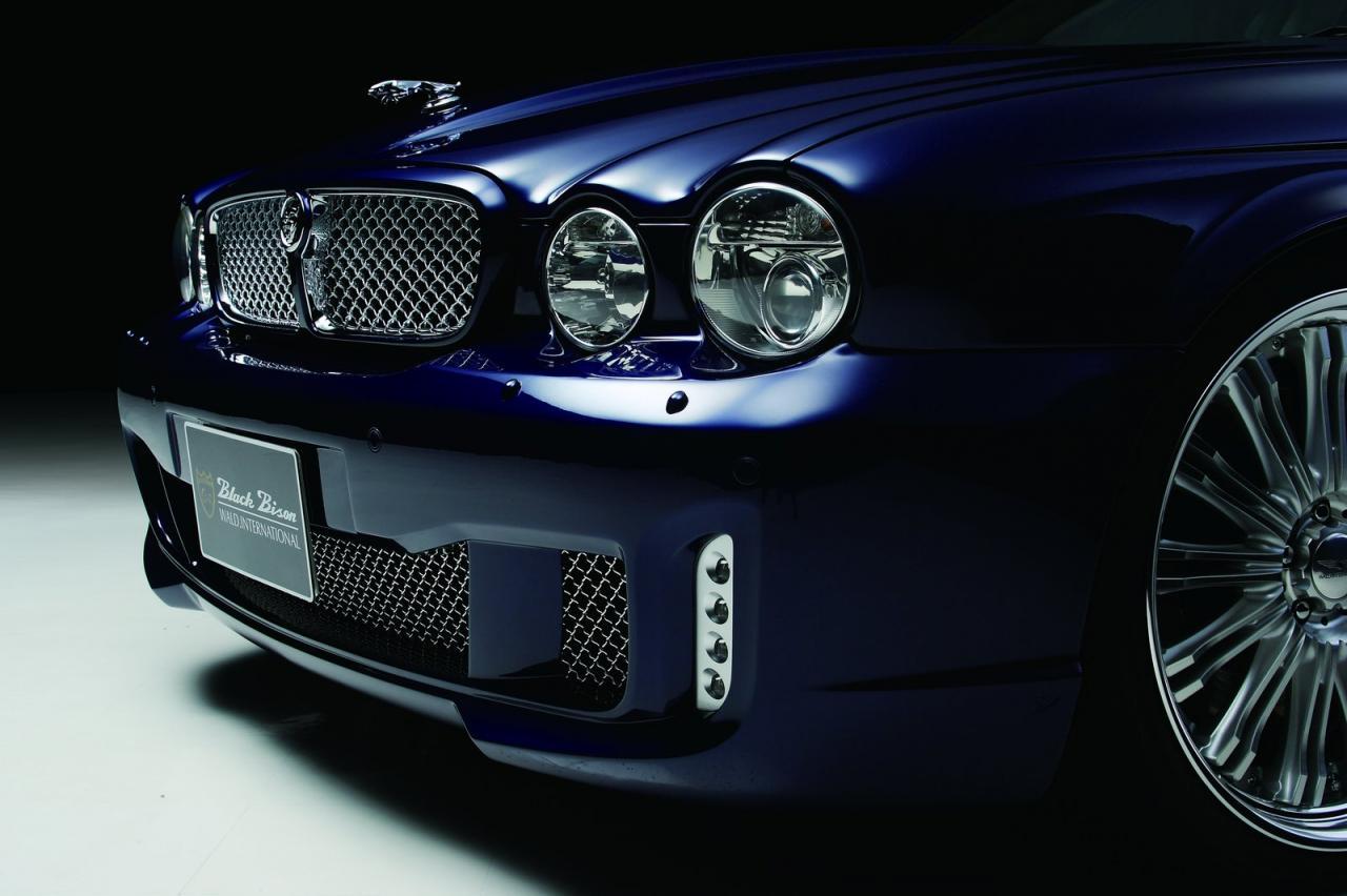 Charming ... Jaguar XJ X350 Black Bison ...