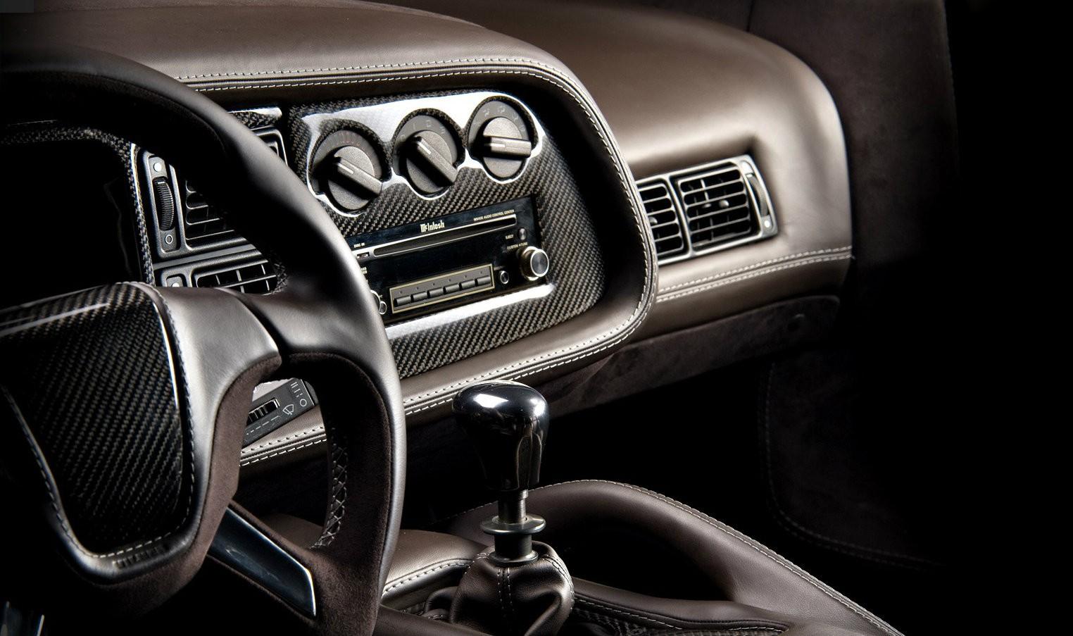 Jaguar Xj220 Interior Makeover By Vilner Breathes New Life Into The Elderly Hypercar Autoevolution