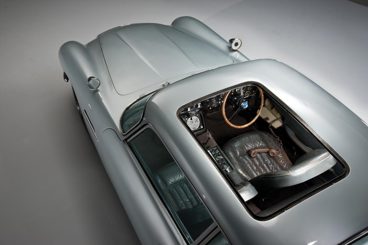 james bond cars 007 39 s legendary spy automobiles autoevolution. Black Bedroom Furniture Sets. Home Design Ideas