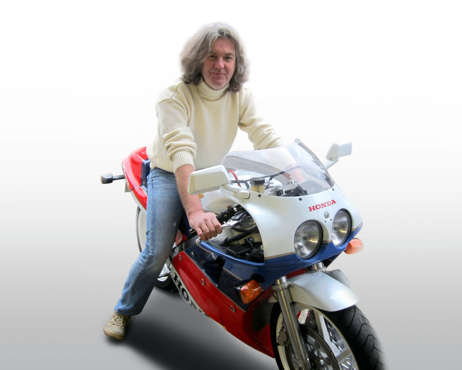 james may and richard hammond sell their motorcycle collections autoevolution. Black Bedroom Furniture Sets. Home Design Ideas