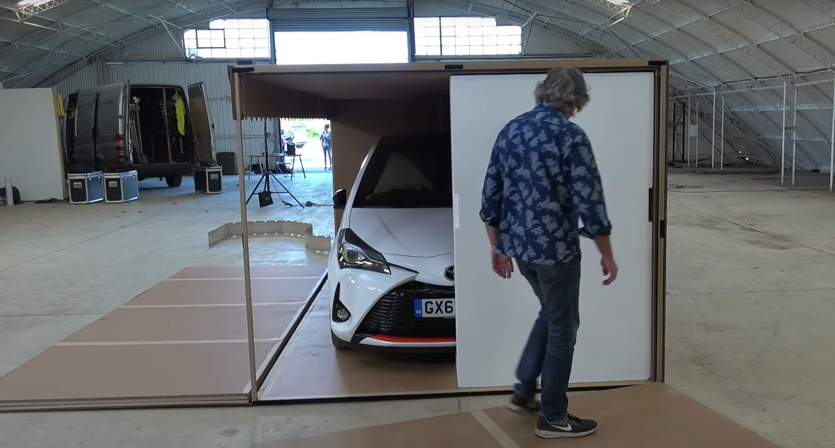 James May Unboxes Toyota Yaris Grmn Says Its The Best Video On The Internet