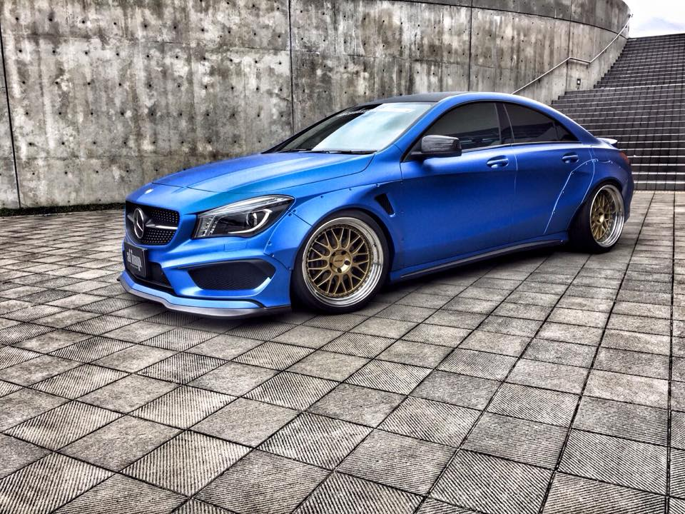 mercedes cla 200 acceleration and braking tests. Black Bedroom Furniture Sets. Home Design Ideas