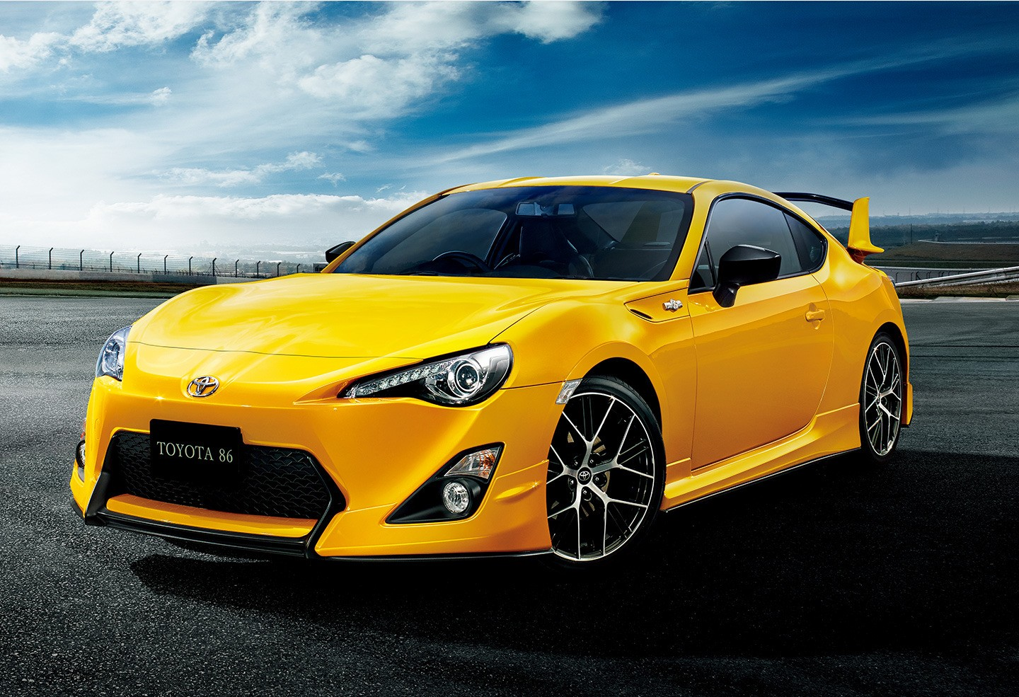toyota 86 gt yellow edition limited japanese spoiler rear jdm autoevolution s1