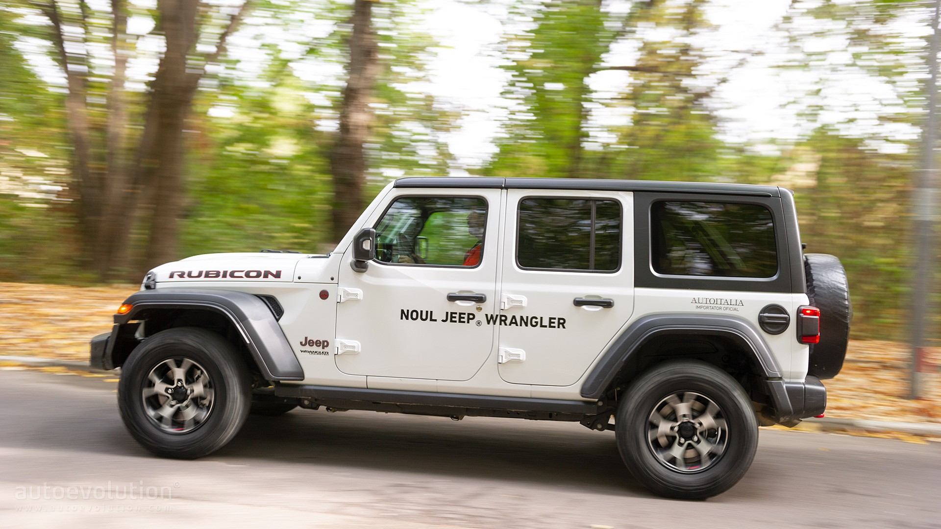 """jeep challenges 2021 ford bronco with wrangler """"392"""" hemi"""