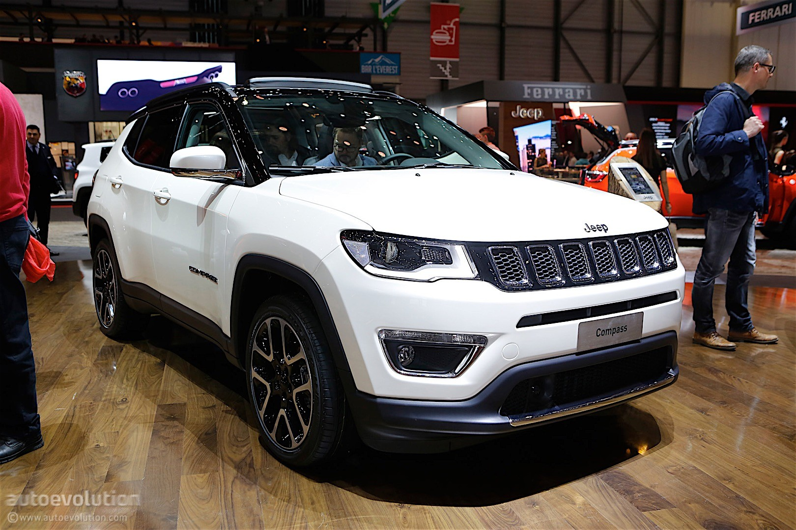 jeep compass shows off new styling direction in geneva it 39 s a big improvement autoevolution. Black Bedroom Furniture Sets. Home Design Ideas