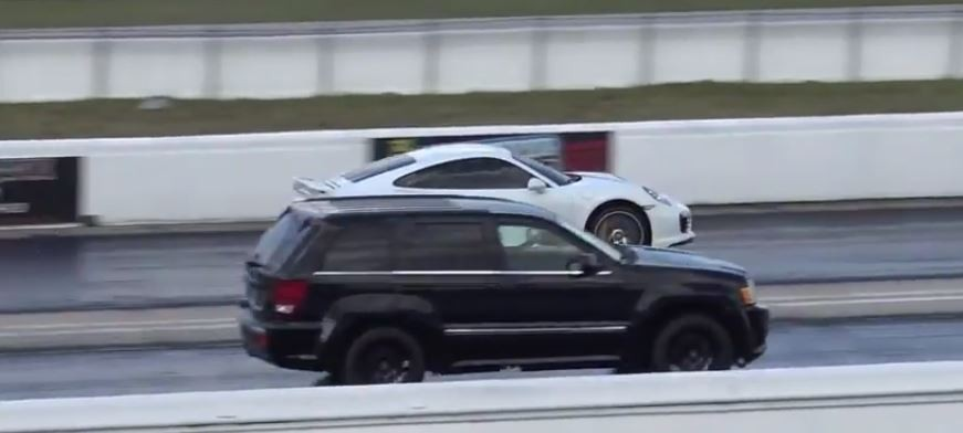 Jeep Grand Cherokee Srt8 Vs Porsche 911 Turbo Drag Race Is Surprisingly Close Autoevolution
