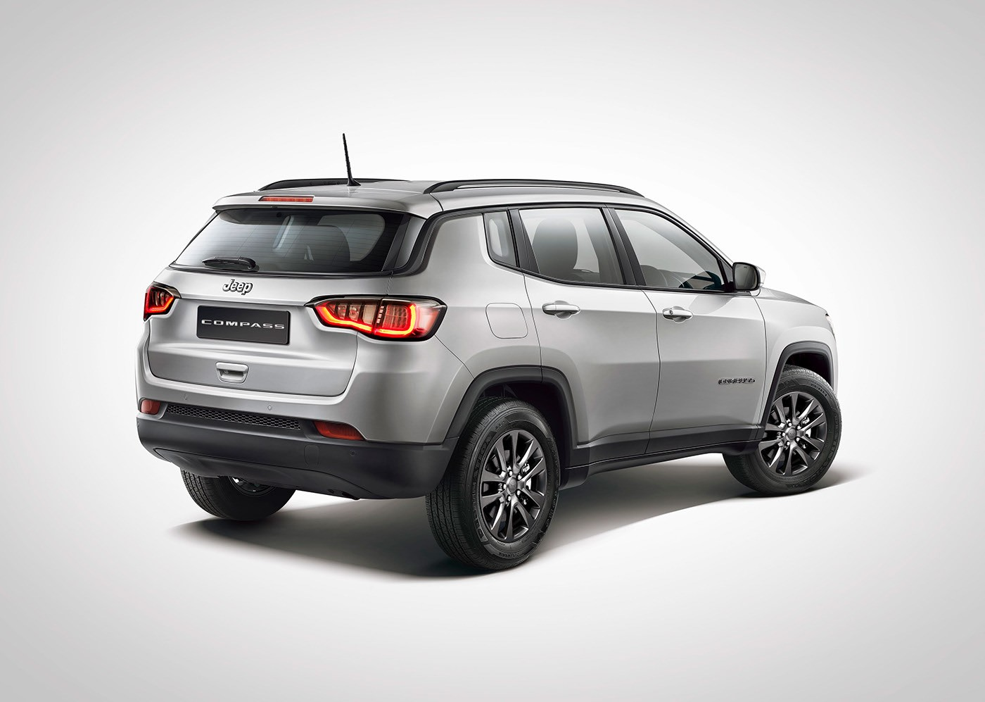 2016 - [Jeep] Compass II - Page 6 Jeep-grand-compass-and-compass-facelift-get-rendered_3