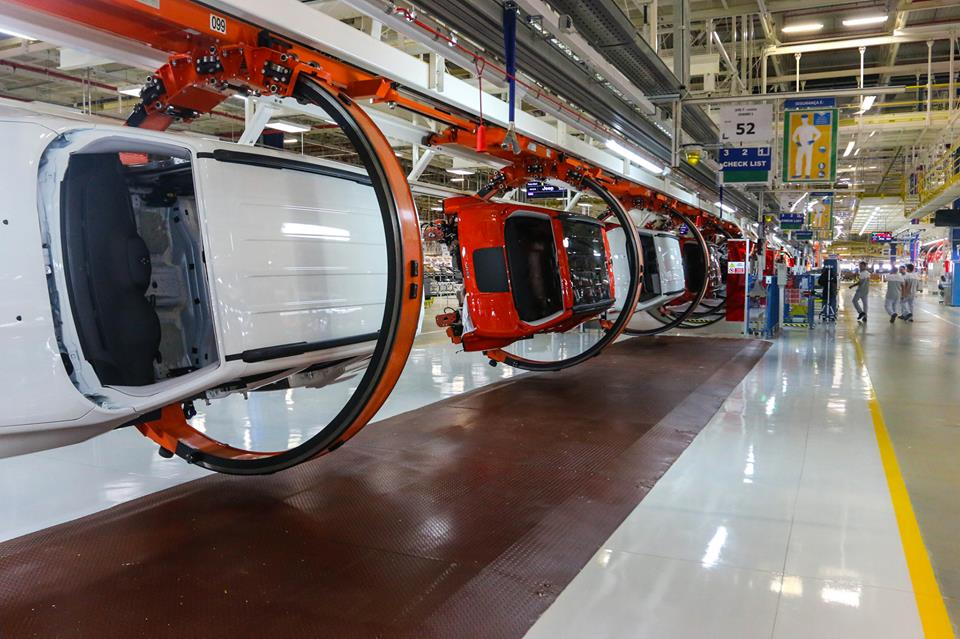 Jeep Opens Pernambuco Assembly Plant In Brazil President