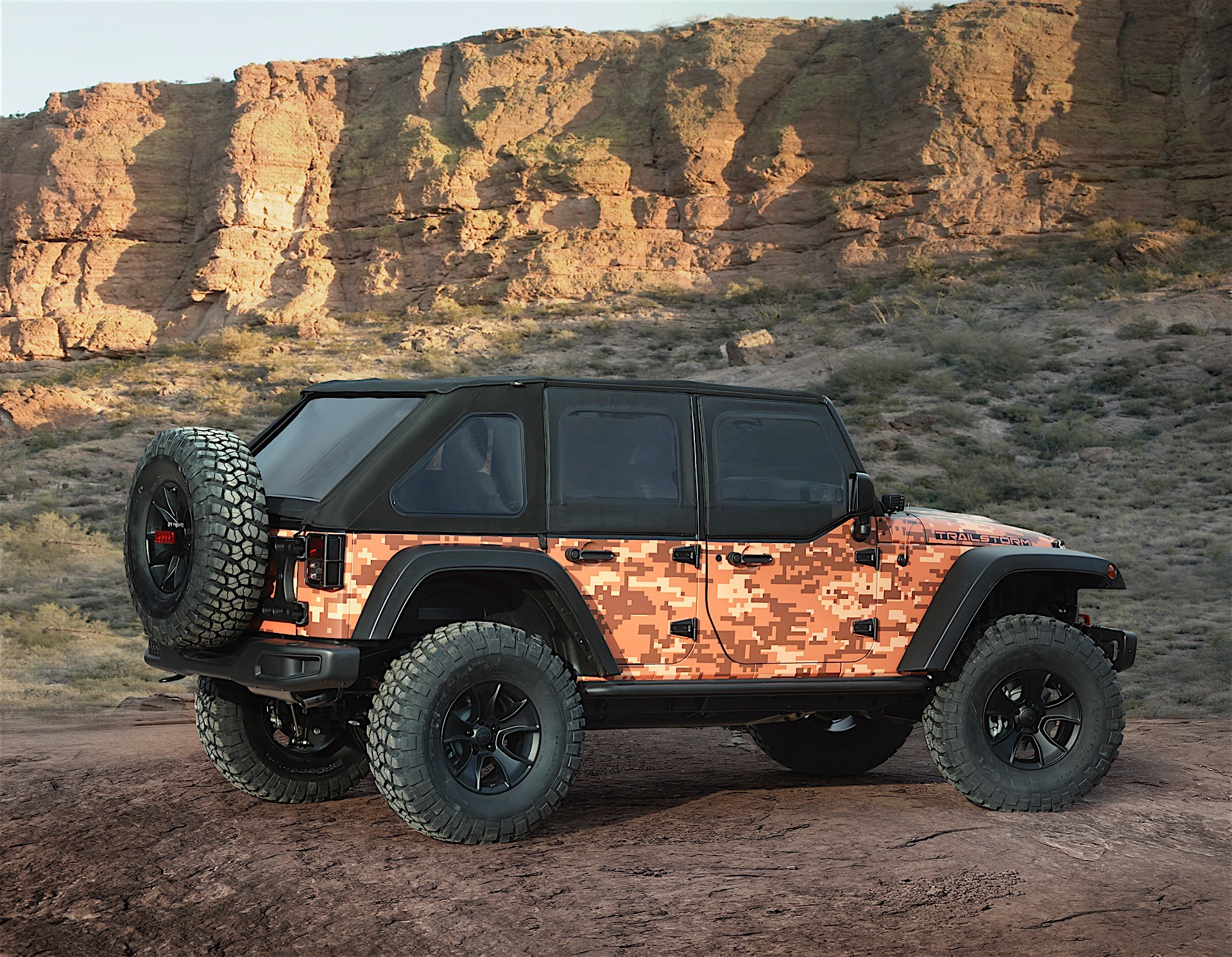 jeep reveals seven concepts for this year 39 s moab event autoevolution. Black Bedroom Furniture Sets. Home Design Ideas