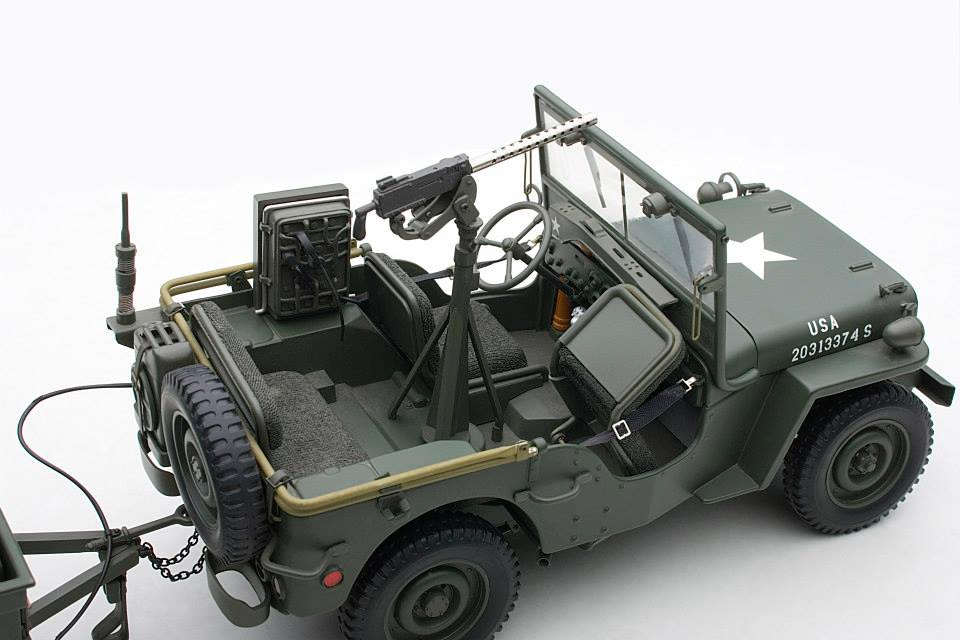 Jeep Willys Scale Model Shows Trailer Full Of Artillery