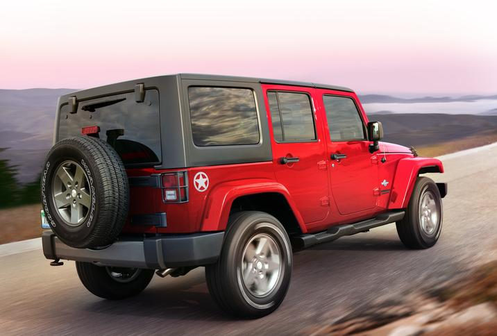 2014 Jeep Wrangler Rubicon >> Jeep Wrangler 4-inch Lift Kit Now Available as a Factory-Developed Option - autoevolution