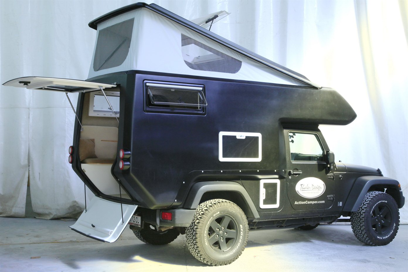 Jeep Wrangler Action Camper RV - autoevolution