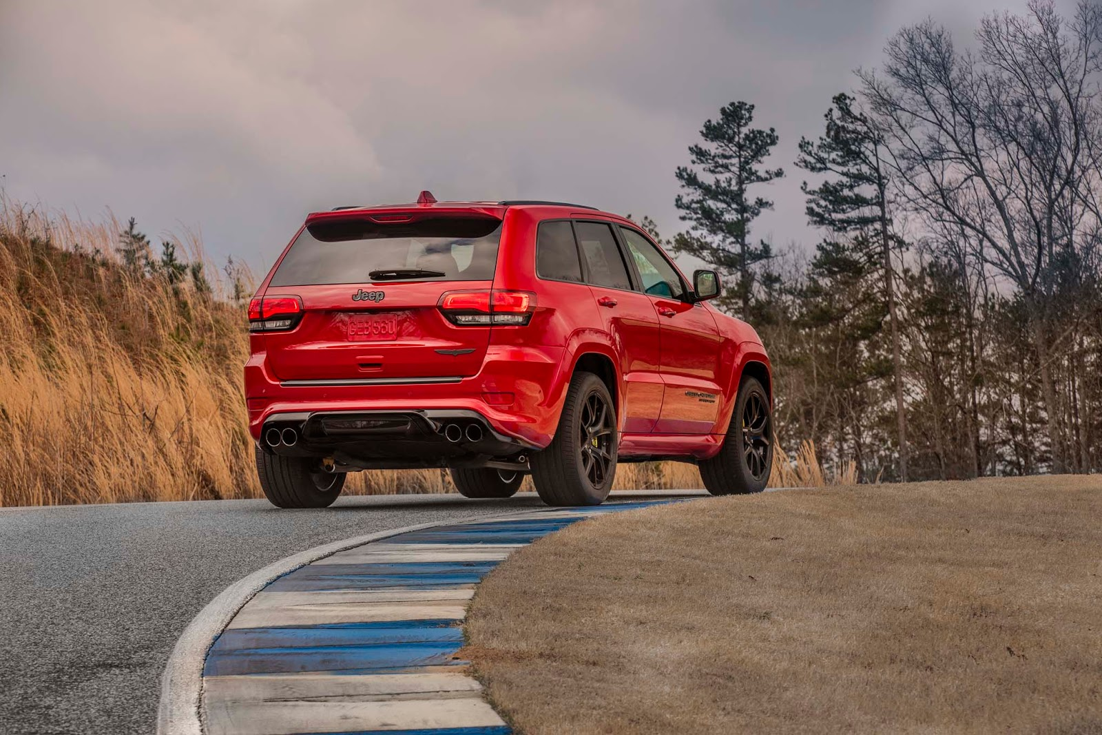 What Is The Difference Between Audi Premium And Prestige >> Jeep's Most Expensive Model Yet Is The 2018 Grand Cherokee ...