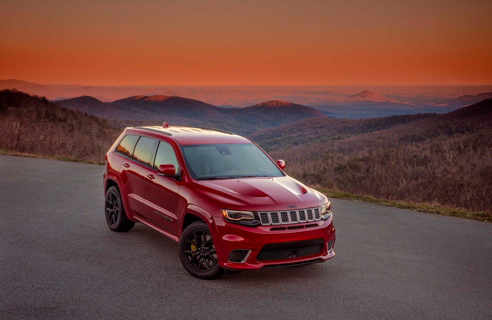 What Is The Difference Between Audi Premium And Prestige >> Jeep's Most Expensive Model Yet Is The 2018 Grand Cherokee Trackhawk - autoevolution