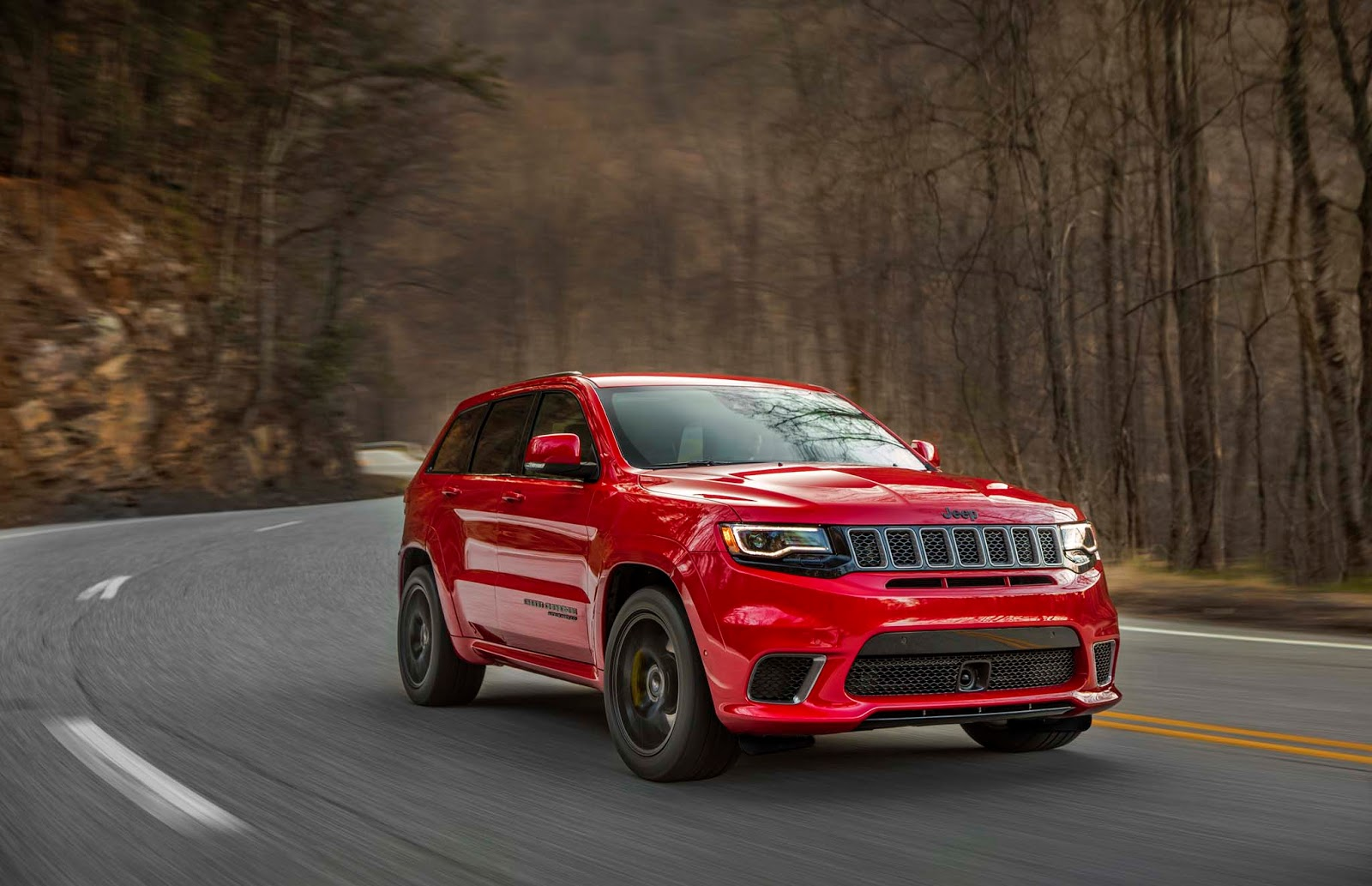 jeep s most expensive model yet is the 2018 grand cherokee trackhawk autoevolution. Black Bedroom Furniture Sets. Home Design Ideas