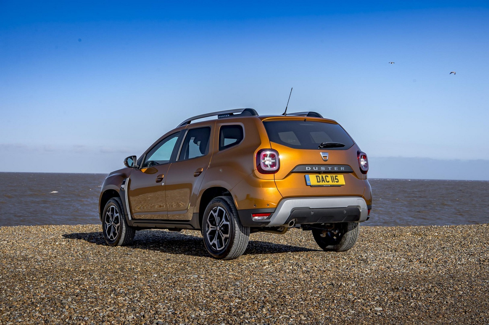 jeremy clarkson reviews new dacia duster doesn t like it. Black Bedroom Furniture Sets. Home Design Ideas