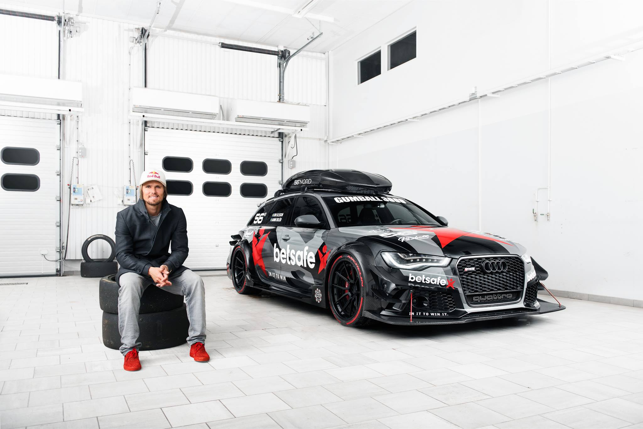 Jon Olssons Audi RS6 DTM Has Gold Anodized Turbochargers