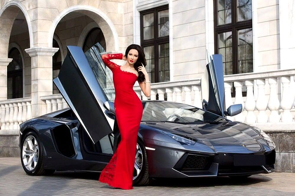 Julia Adasheva Is A Russian Bru te With A Ferrari 458 Spider Video Photo Gallery 93286 on 86 alfa romeo spider