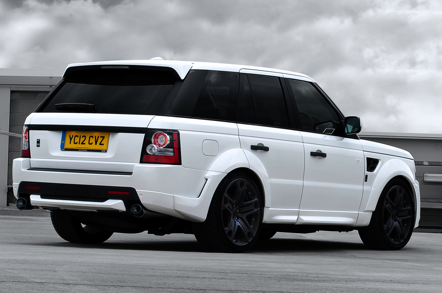 kahn le range rover sport 3 0 sdv6 rse autoevolution. Black Bedroom Furniture Sets. Home Design Ideas